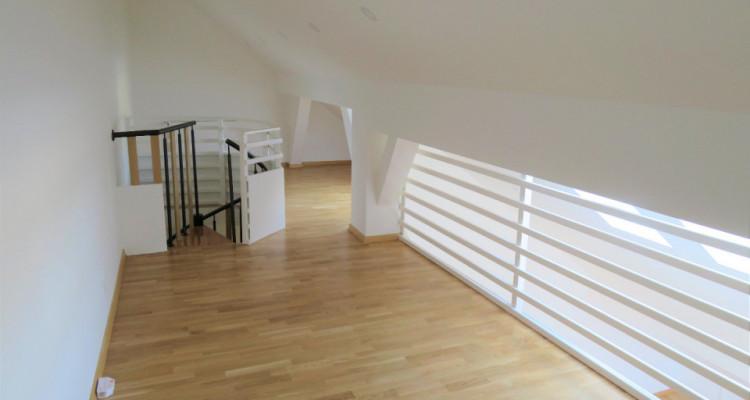 Idéal pour investisseur! Bel attique 3.5 pièces à Yvonand image 3