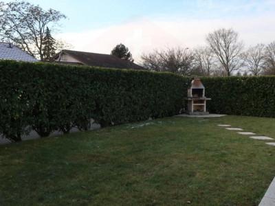 Villa de plain-pied de 6 pièces au calme. image 1