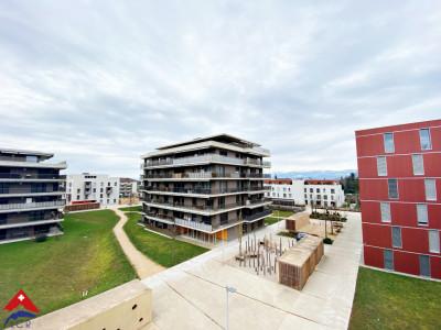 Magnifique appartement 4.5 p / 3 chambres / 2 SDB / Balcon image 1