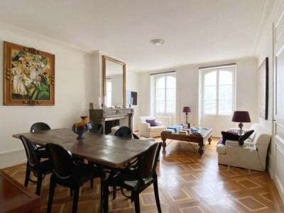 Magnifique appartement en vieille ville   image 1