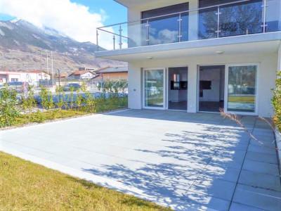 Appartement Neuf de 3.5 pièces,  avec pelouse et terrasse image 1