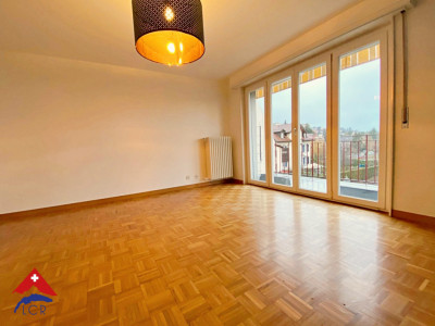 Magnifique attique 3p / balcon / jardin commun et potager individuel  image 1