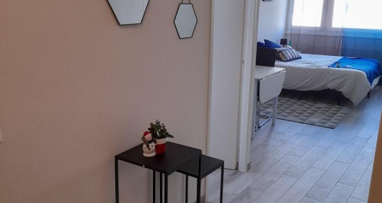 Sous-Location. Studio meublé et équipé au coeur des Eaux-Vives image 1