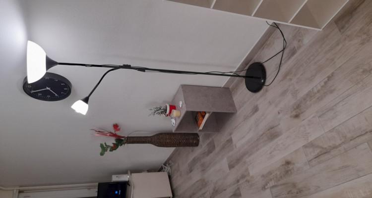Sous-Location. Studio meublé et équipé au coeur des Eaux-Vives image 2