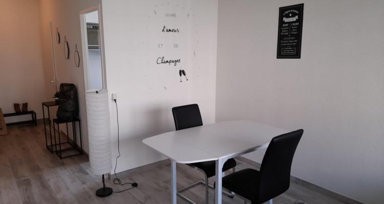 Sous-Location. Studio meublé et équipé au coeur des Eaux-Vives image 3