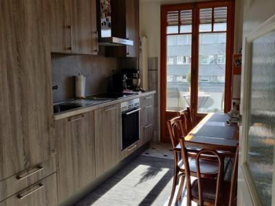 Exceptionnel 2 pièces dans la zone résidentielle Champel avec balcon image 1