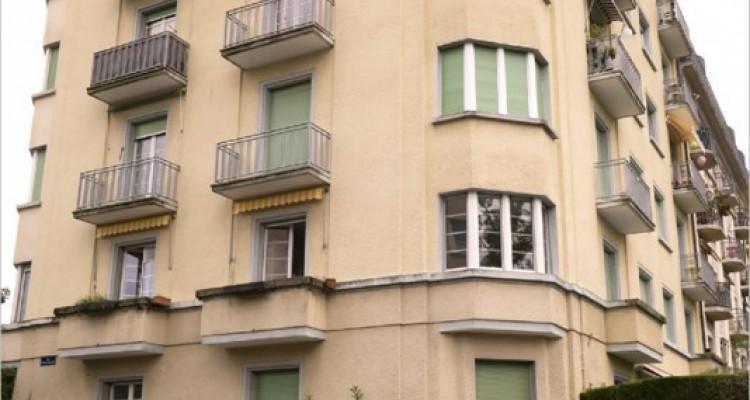 Appartement à St-Jean dans immeuble de 1900 image 2
