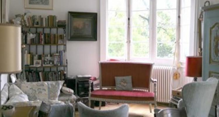 Appartement à St-Jean dans immeuble de 1900 image 3