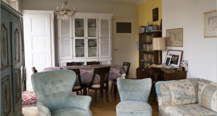 Appartement à St-Jean dans immeuble de 1900 image 6