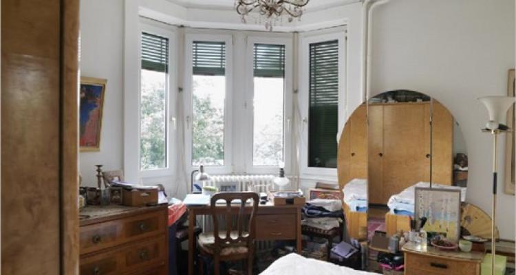 Appartement à St-Jean dans immeuble de 1900 image 8