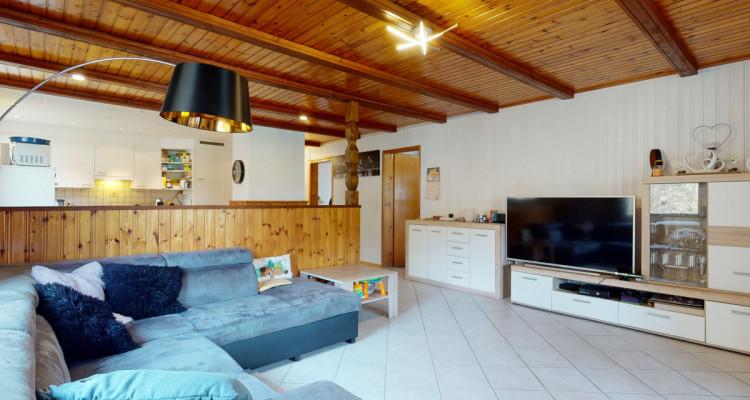 Appartement au rez dune maison avec 350 m2 de jardin partagé image 3