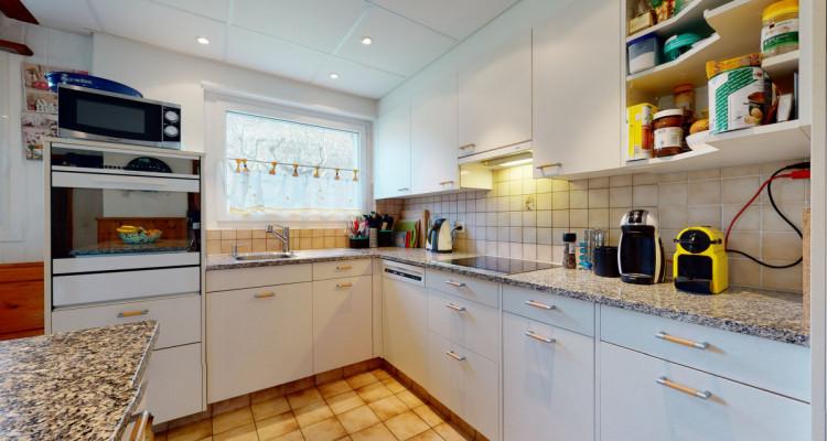Appartement au rez dune maison avec 350 m2 de jardin partagé image 6