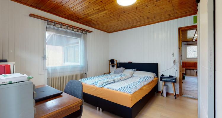Appartement au rez dune maison avec 350 m2 de jardin partagé image 11