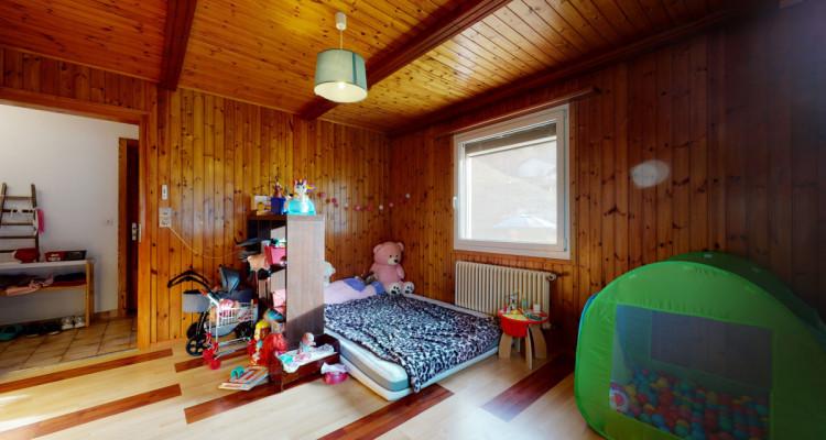 Appartement au rez dune maison avec 350 m2 de jardin partagé image 12