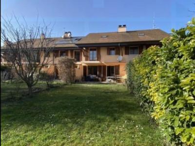 Maison contiguë de 6 pièces avec jardin 222m2 image 1