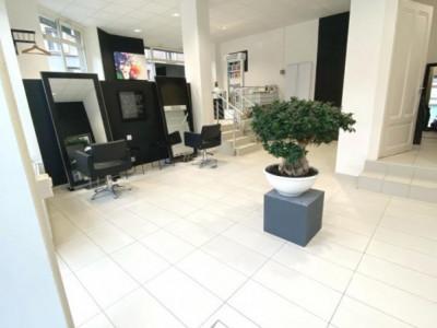Fond de commerce salon de coiffure centre de Lausanne image 1