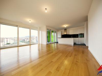 VISITE 3D / Superbe appartement 3.5 p / 2 chambres / 2 SDB / Balcon  image 1