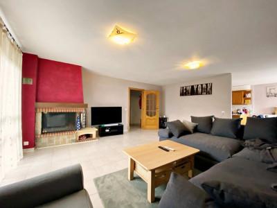 Appartement 4,5p / 3 CH / 1 SDB / Terrasse image 1