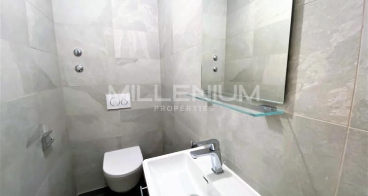 Très bel appartement rénové de 5P à Genève image 7