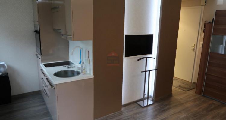 Appartement louer meublé avec tout léquipement loyer toute charges comprise image 2
