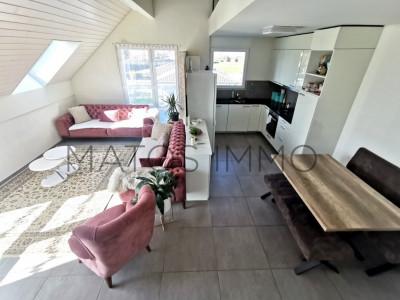 A VISITER ABSOLUEMENT : Attique avec mezzanine idéalement situé image 1
