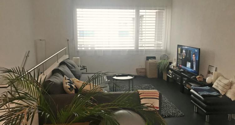 Splendide appartement en duplex 2,5 p / 1 chambre / SDB  image 2