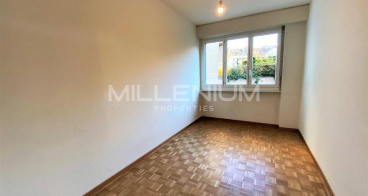 Bel appartement entièrement rénové 5P au centre de Genève image 3