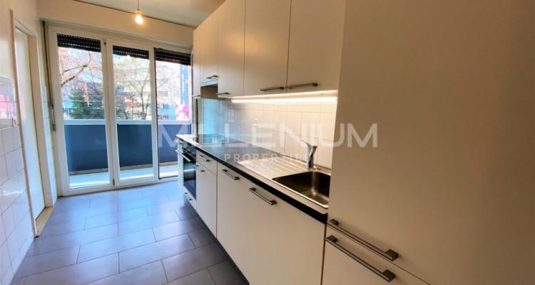 Bel appartement entièrement rénové 5P au centre de Genève image 6