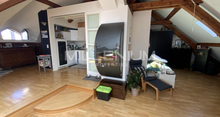 Bel appartement en attique 4.5P à Saint-Jean image 4