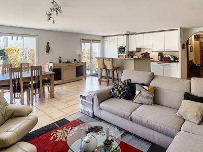 Superbe appartement 5.5 pièces en rez-de-jardin image 1