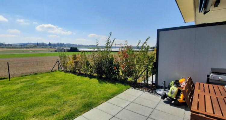 Duplex 4.5 pièces avec jardin et terrasse à la campagne image 9