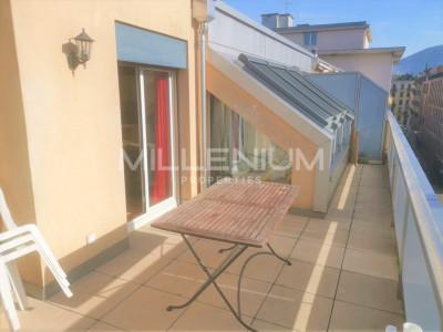 Bel appartement à Plainpalais avec terrasse de 20m2 image 1