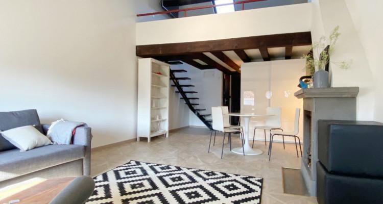 Appartement meublé et rénové au coeur de la vieille ville image 1