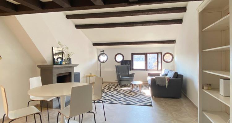 Appartement meublé et rénové au coeur de la vieille ville image 2