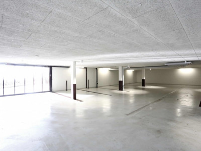 A SAISIR // Place de parking dans un garage souterrain à Begnins image 1