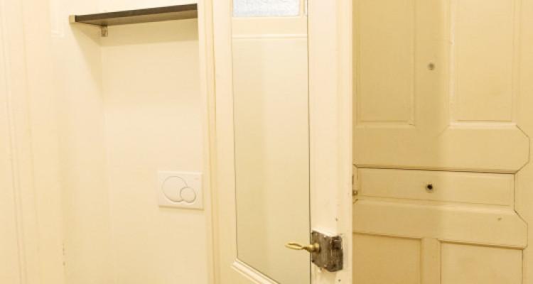 Bel appartement 2 pièces / SDB / Proche commerces  image 11
