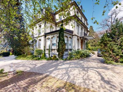 Au coeur de Montreux 5.5 pièces de standing dans résidence avec parc image 1