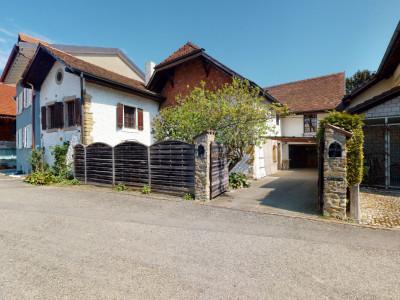 Splendide maison villageoise du XVe siècle avec grand jardin image 1