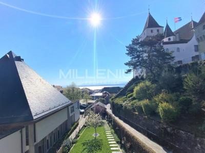Bel appartement vue sur le Château et le Lac à Nyon image 1