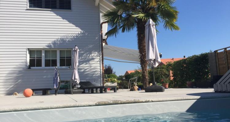 Crans-Céligny, proche de Nyon, belle et spacieuse villa avec piscine image 2