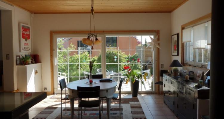 Crans-Céligny, proche de Nyon, belle et spacieuse villa avec piscine image 3