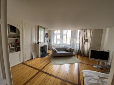 Bel appartement 2.5 P lumineux à Genève image 1