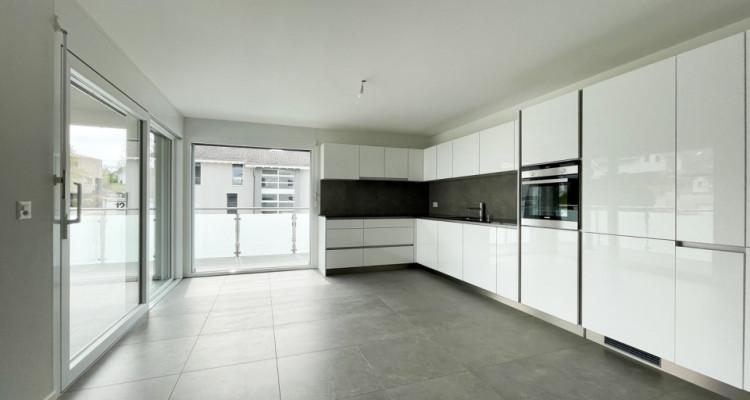 FOTI IMMO - Appartement de 4,5 pièces avec balcon. image 2