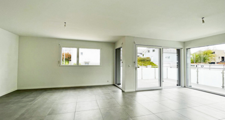 FOTI IMMO - Appartement de 4,5 pièces avec balcon. image 3