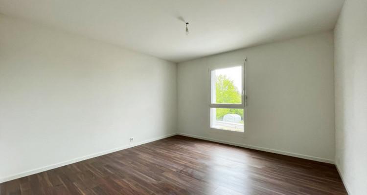 FOTI IMMO - Appartement de 4,5 pièces avec balcon. image 5
