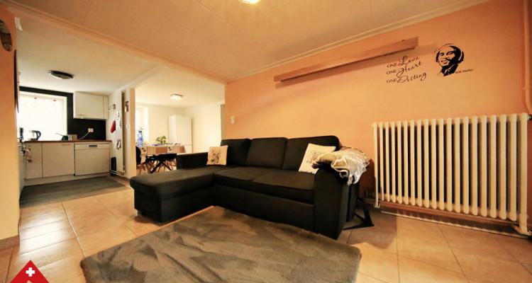 Bel appartement 4.5 pièces / 3 chambres / Balcon, véranda et jardin image 2