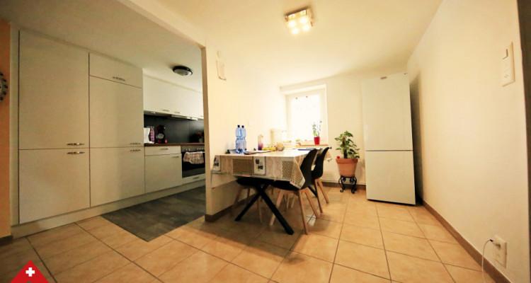 Bel appartement 4.5 pièces / 3 chambres / Balcon, véranda et jardin image 3