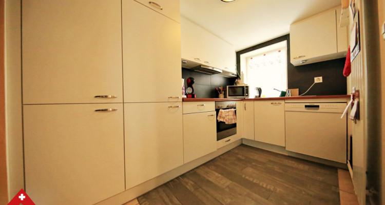 Bel appartement 4.5 pièces / 3 chambres / Balcon, véranda et jardin image 4