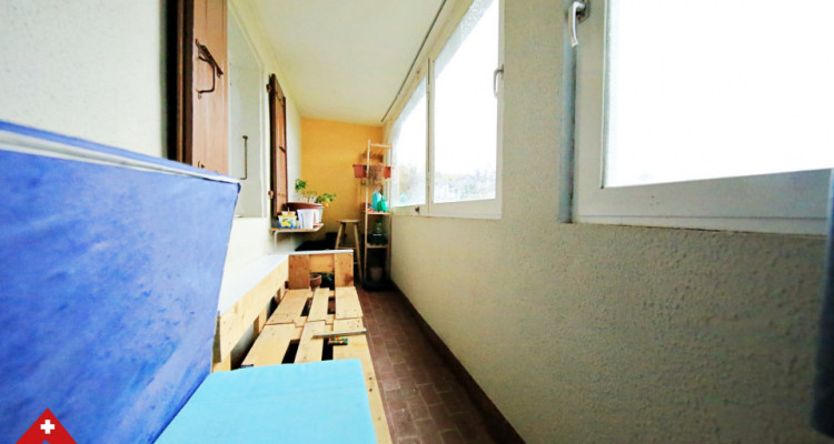 Bel appartement 4.5 pièces / 3 chambres / Balcon, véranda et jardin image 9