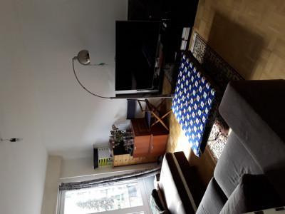 Appartement 3 pièces à 1958 CHF. reprise de bail  au premier Octobre. image 1